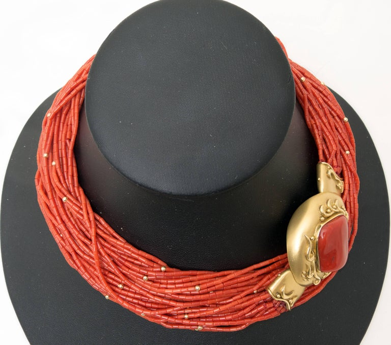 The long red coral necklace of opera length, with a total length of 34
