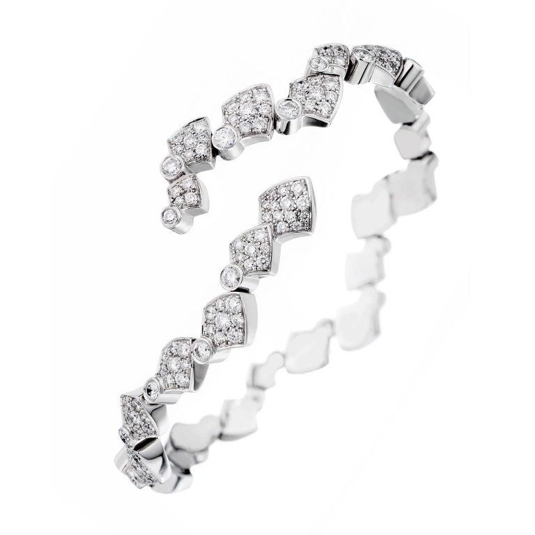 Akillis Python Flexible Bracelet 18 Karat White Gold and White Diamonds