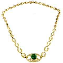 18 Karat Gold Emerald Necklace with White Diamonds
