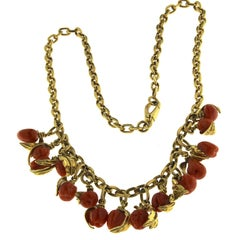 18 Karat Yellow Gold and Fruit Coral Pendant Necklace