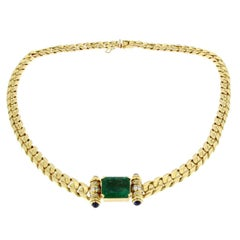 Emerald Necklace in 18 Karat Yellow Gold