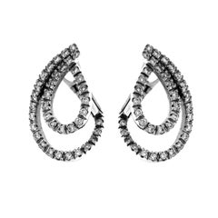 White 18 Karat Gold and Diamond Earrigns