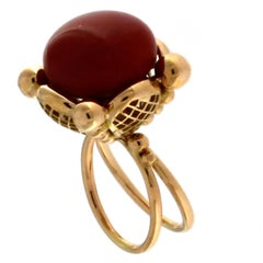 Ring 18 Karat Pink Gold with Red Coral