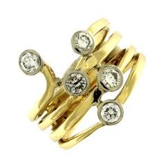 Ring 18 Karat Yellow Gold with White Diamonds