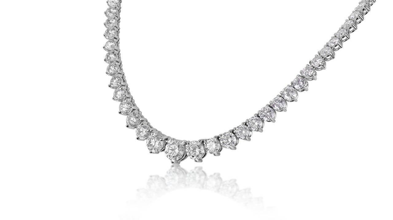Modern 23.08 Carats GIA Cert Diamonds Graduated Riviere Necklace For Sale