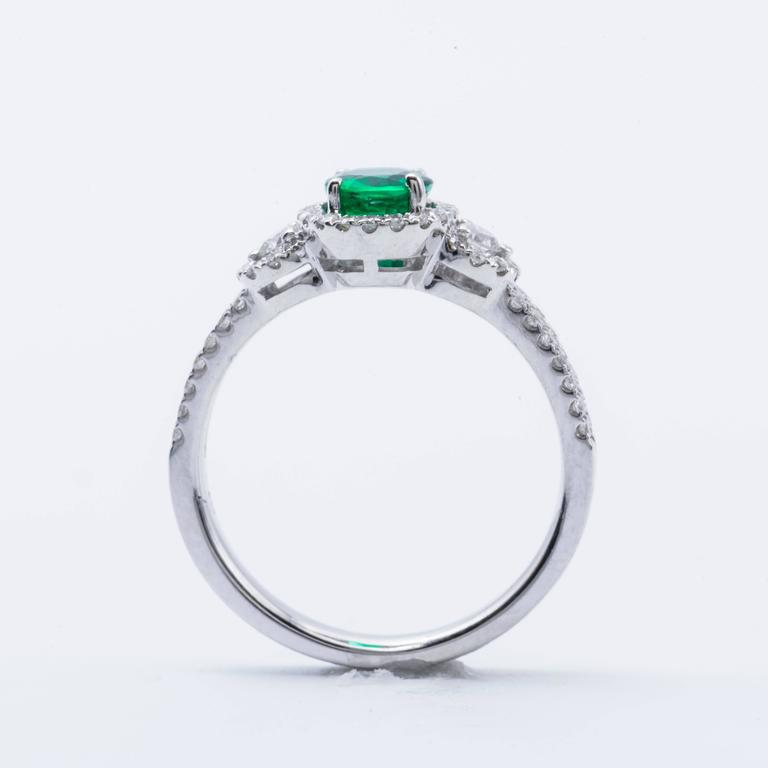 Oval Shape Emerald Diamond Gold Halo Engagement Cocktail Ring 4