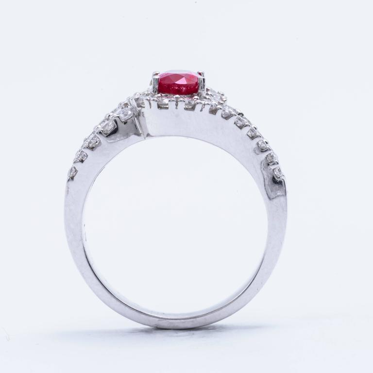 Women's Oval Shaped Ruby 1.88 Carats Diamonds White Gold Engagement Cocktail Ring  For Sale