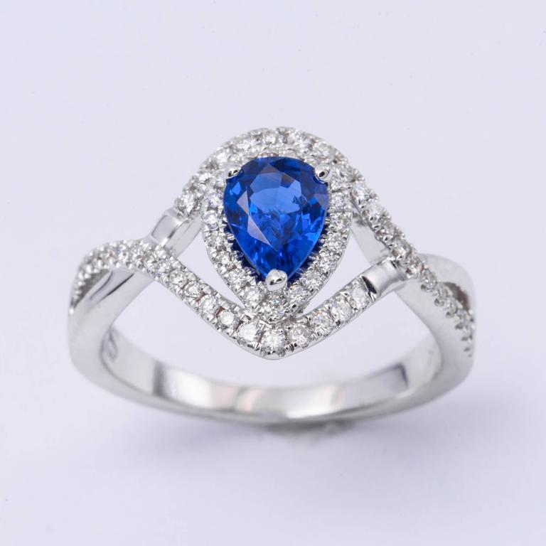 Contemporary Pear Shape Sapphire Diamond White Gold Engagement Cocktail Ring For Sale