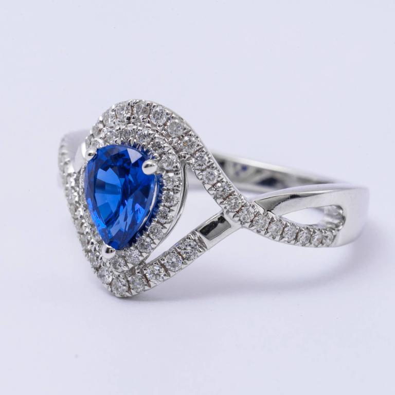 Women's Pear Shape Sapphire Diamond White Gold Engagement Cocktail Ring For Sale