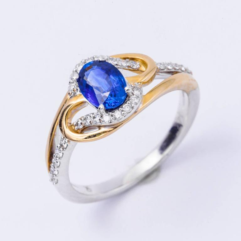 Women's Ceylon Sapphire Diamonds White and Yellow Gold Ring For Sale