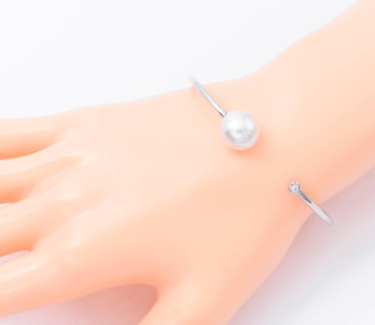 Round Cut South Sea Pearl Diamond Open Bangle Bracelet 11-12 MM 0.06 Carats 18K White Gold For Sale