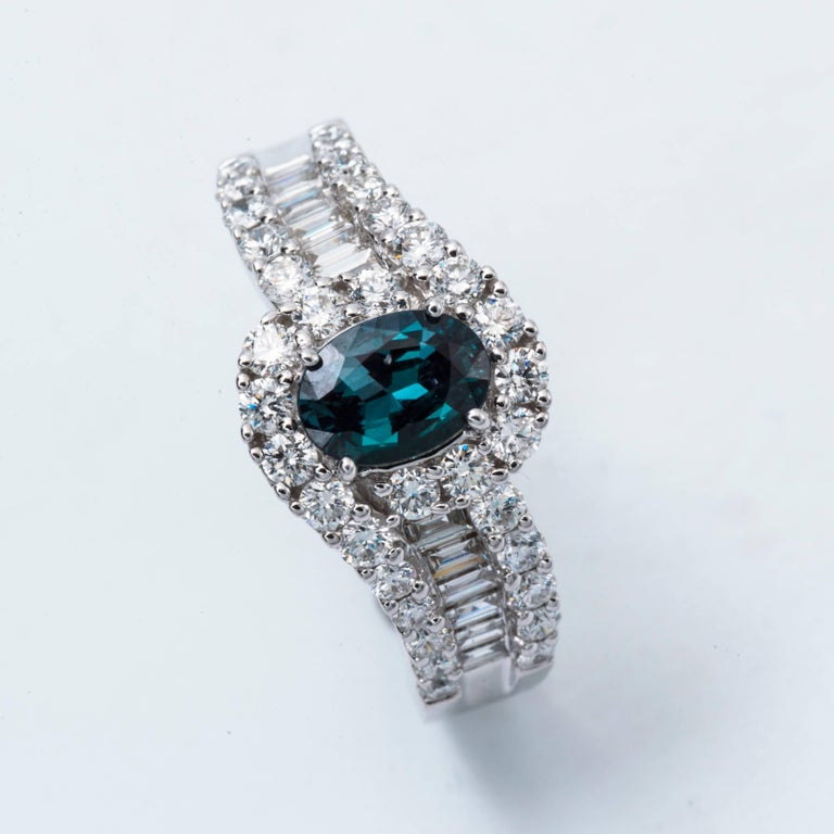 Oval Cut Oval Shape Alexandrite and Diamond Ring with Certificate 0.75 Carat For Sale