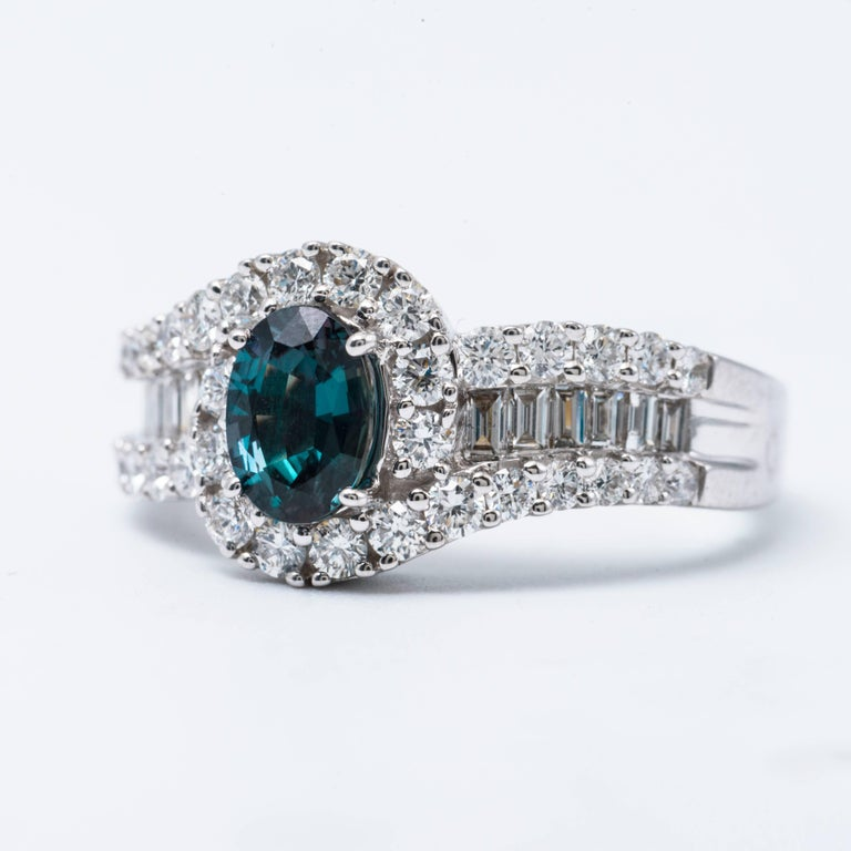 Women's Oval Shape Alexandrite and Diamond Ring with Certificate 0.75 Carat For Sale
