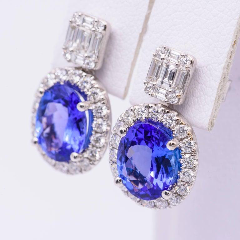 18k white gold 9 x 7 mm Tanzanite 3.30 Carats  Diamonds: 1.00 Carats 18x 140 mm earring