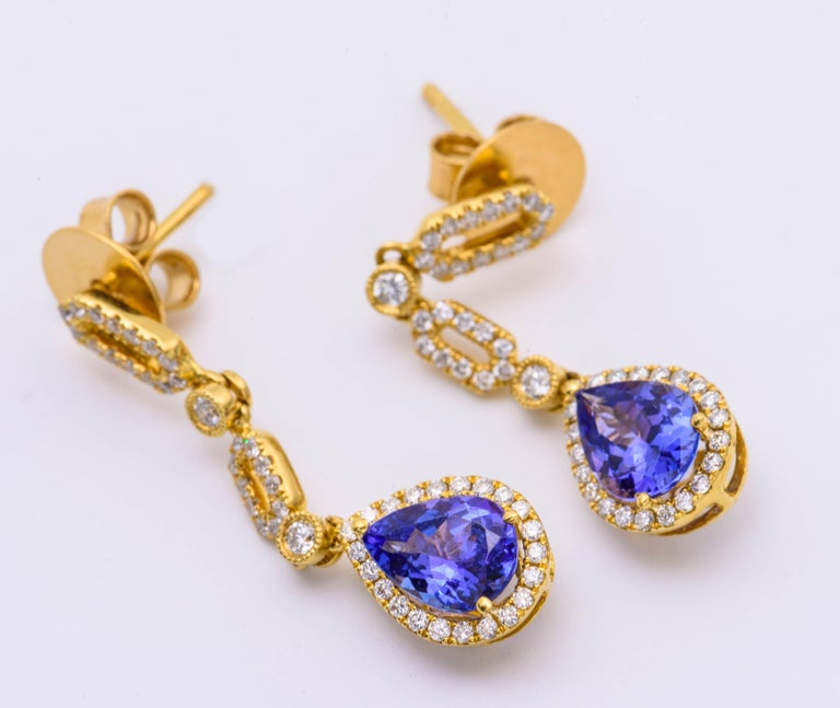 Art Deco Tanzanite and Diamond Yellow Gold Dangle Earring For Sale