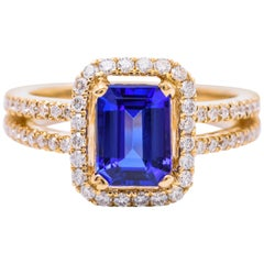 Emerald Cut Tanzanite Diamond yellow Gold Ring 1.46 Carats