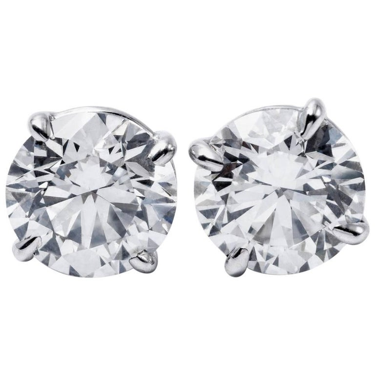 Brilliant Diamond Studs I/I1 GIA 4.03Carat