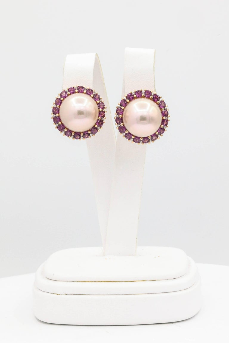 18K Rose Gold Rhodolite 3.60 Carats Diamonds 0.22 Carats 13-14 mm freshWater Pearl