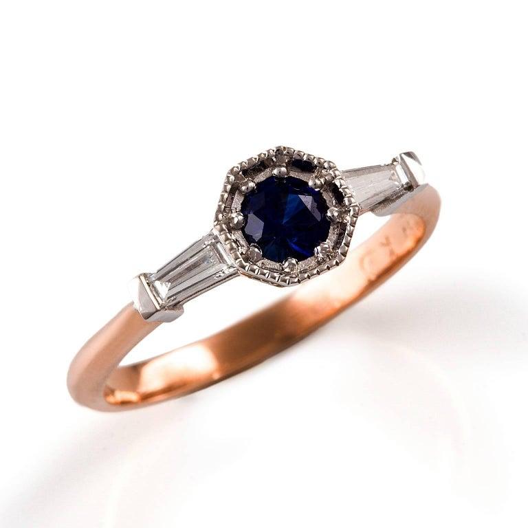 Baguette Cut Kian Design 18 Carat Two-Tone Ceylon Sapphire Diamond Art Deco Ring For Sale