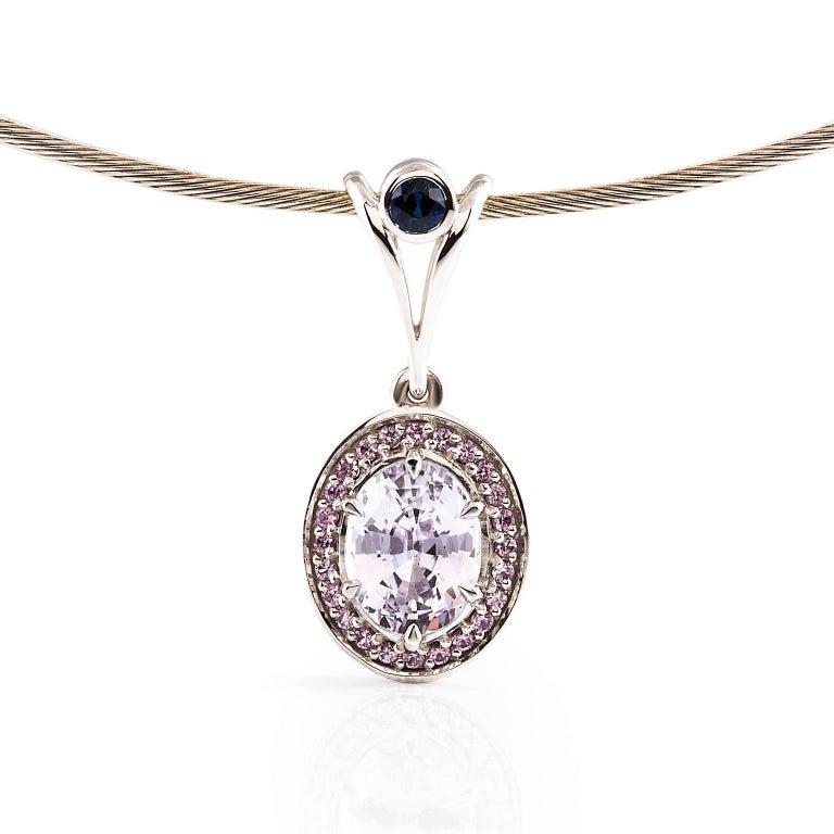 Contemporary  18 Carat White Gold 3.18 Carat Oval Cut Ceylon Sapphire Necklace For Sale