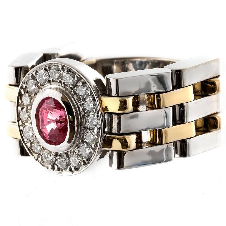 Modern Kian Design Handmade Two-Tone 0.98 Carat Padparadascha Sapphire & Diamond Ring For Sale