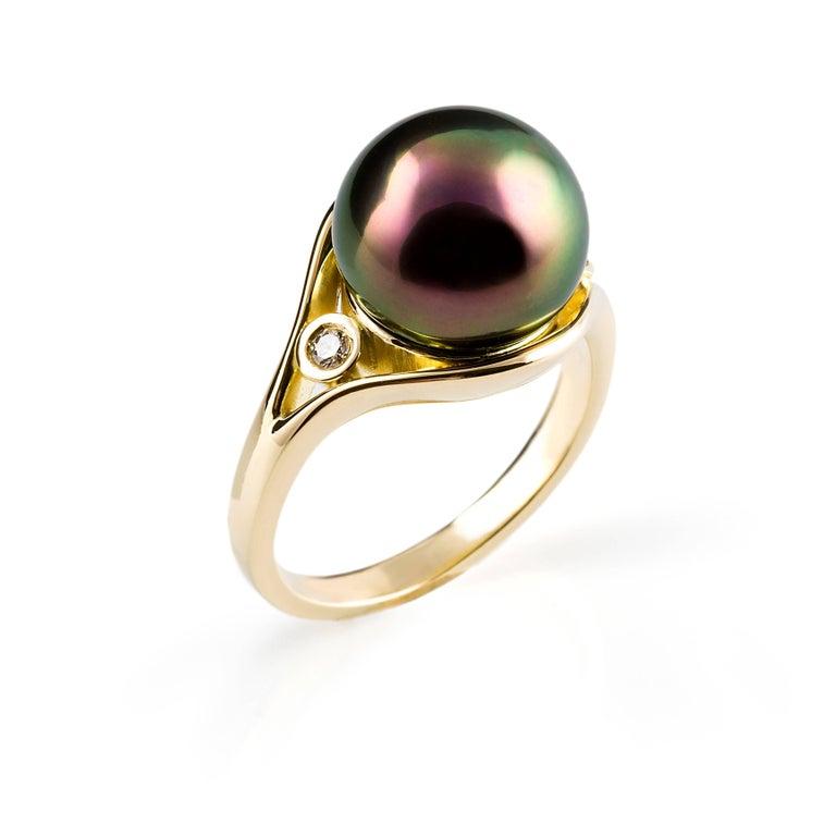 Modern Kian Design Tahitian Pearl  Diamond  Yellow Gold  Ring For Sale
