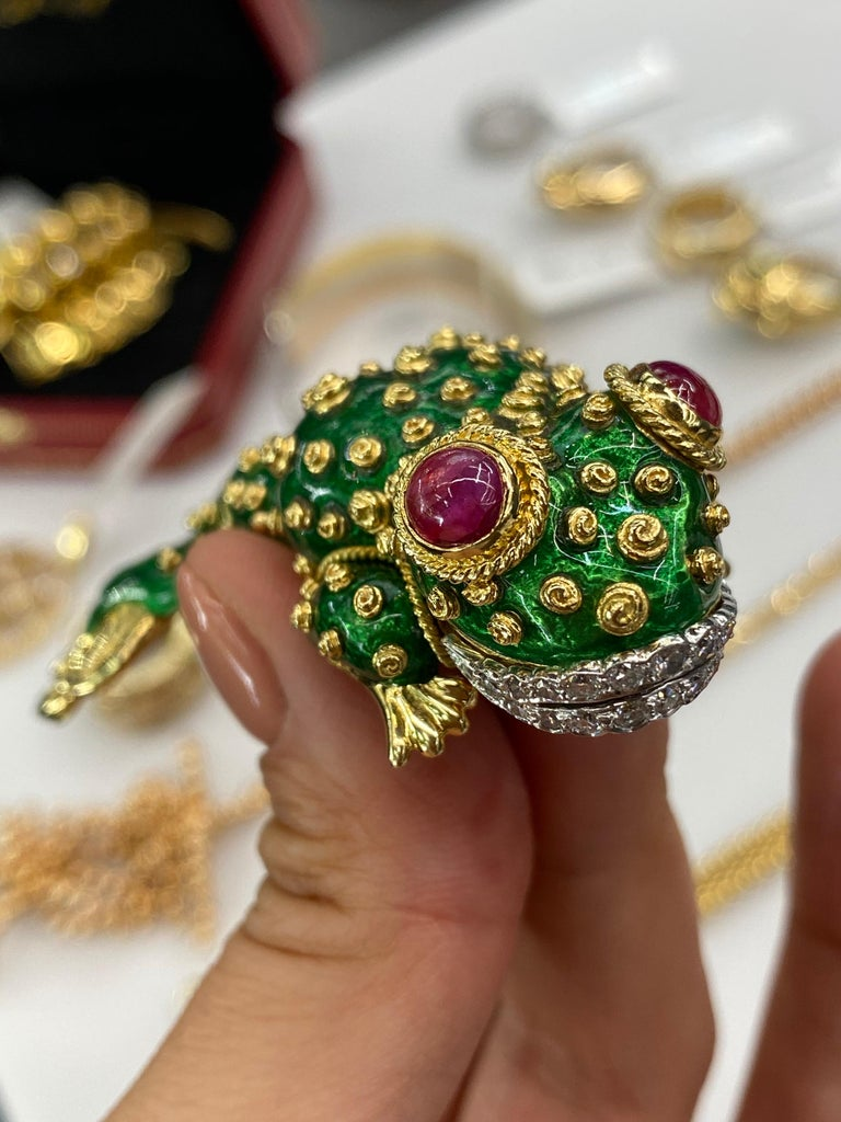 David Webb Tadpole Green Enamel, Diamonds, Rubies Vintage Brooch In Excellent Condition For Sale In New York, NY