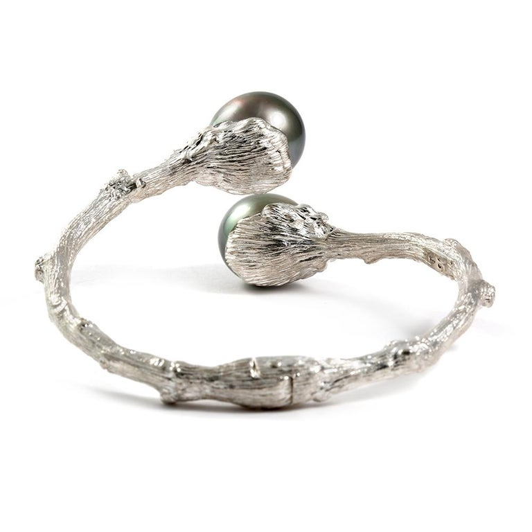 Contemporary Hinged Bypass Bracelet in Sterling Silver with Tahitian Pearls For Sale