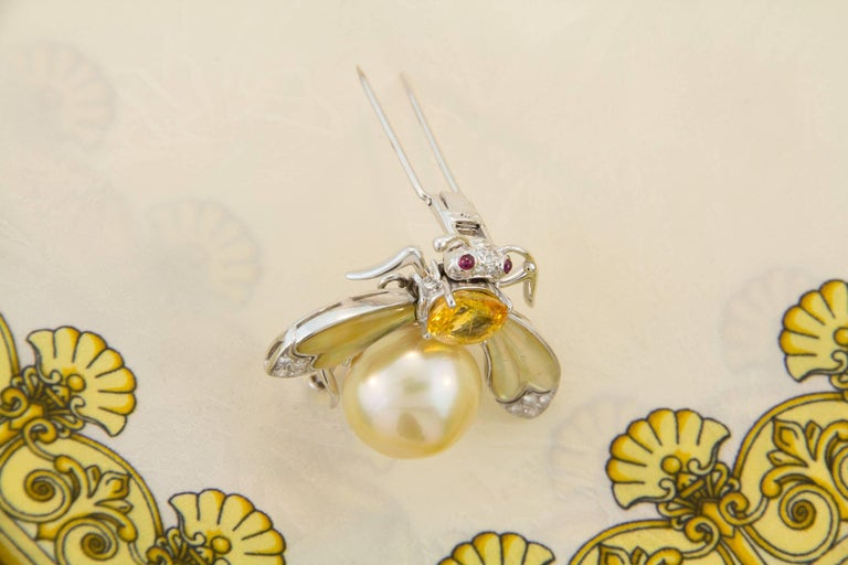 Women's or Men's Ella Gafter Golden Pearl Diamonds Bee Brooch Pin with Yellow Sapphire For Sale