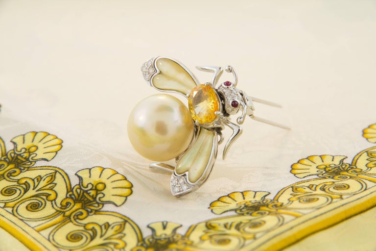 Ella Gafter Golden Pearl Diamonds Bee Brooch Pin with Yellow Sapphire For Sale 1