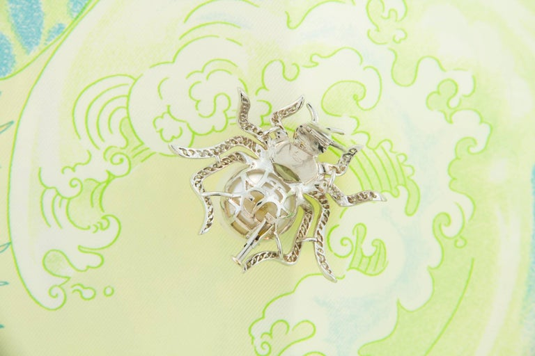 Women's or Men's Ella Gafter South Sea Pearl and Diamond Spider Brooch Pin For Sale