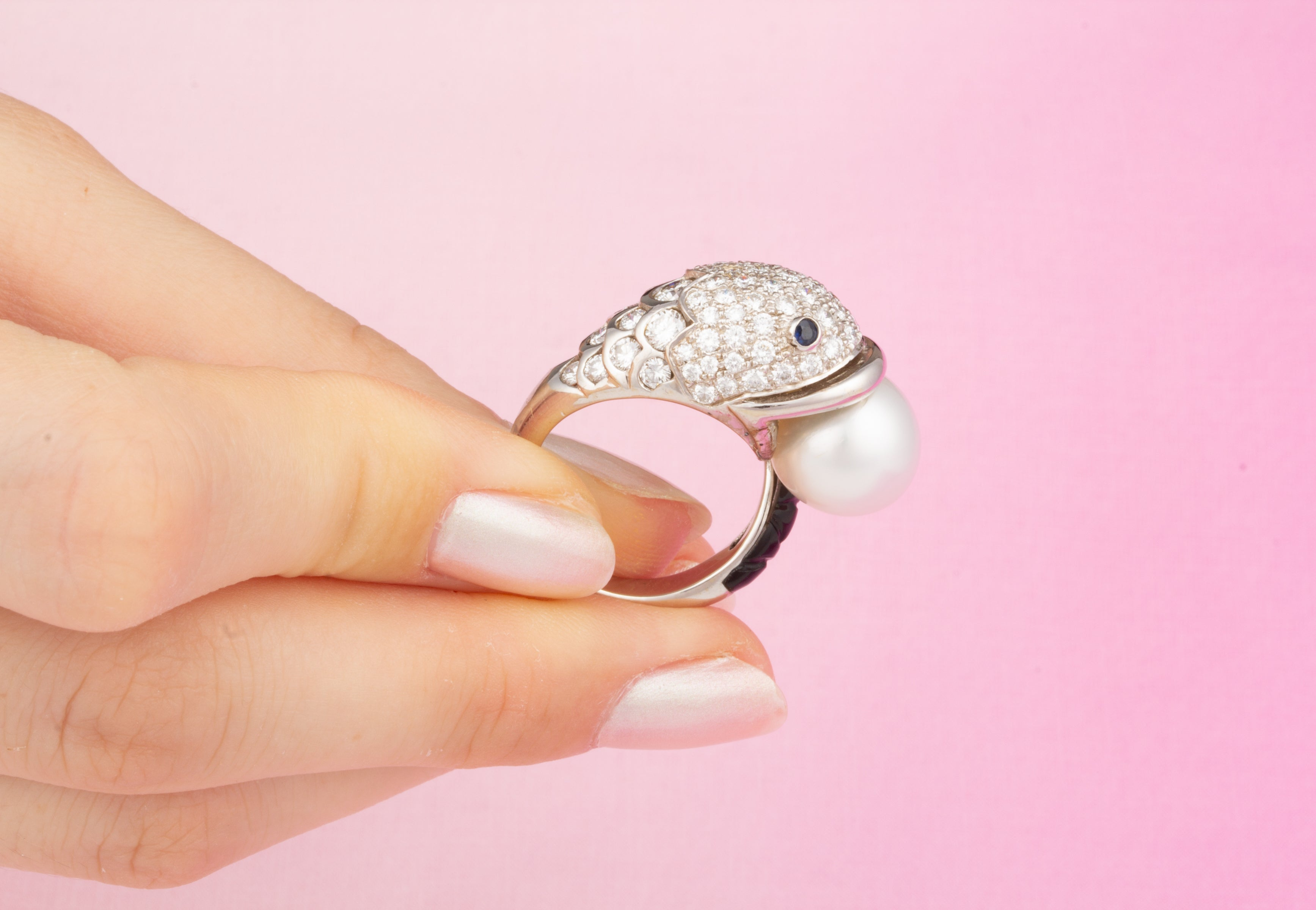 Ella Gafter Diamond Fish Ring South Sea Pearl Onyx For Sale at 1stdibs