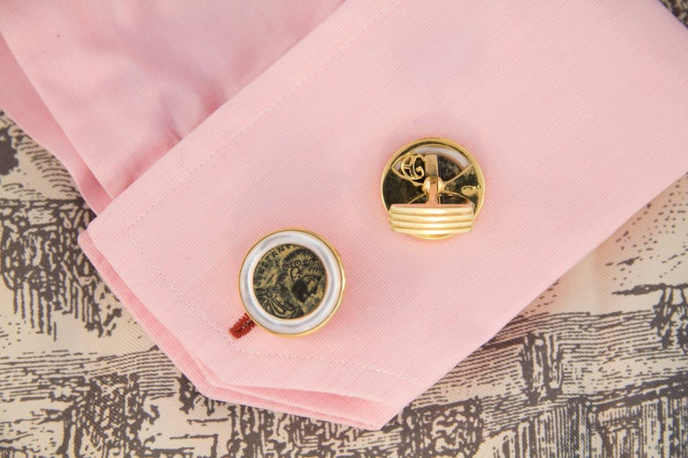 Ella Gafter Copper Coin Gold Cufflinks  In New Condition For Sale In New York, NY