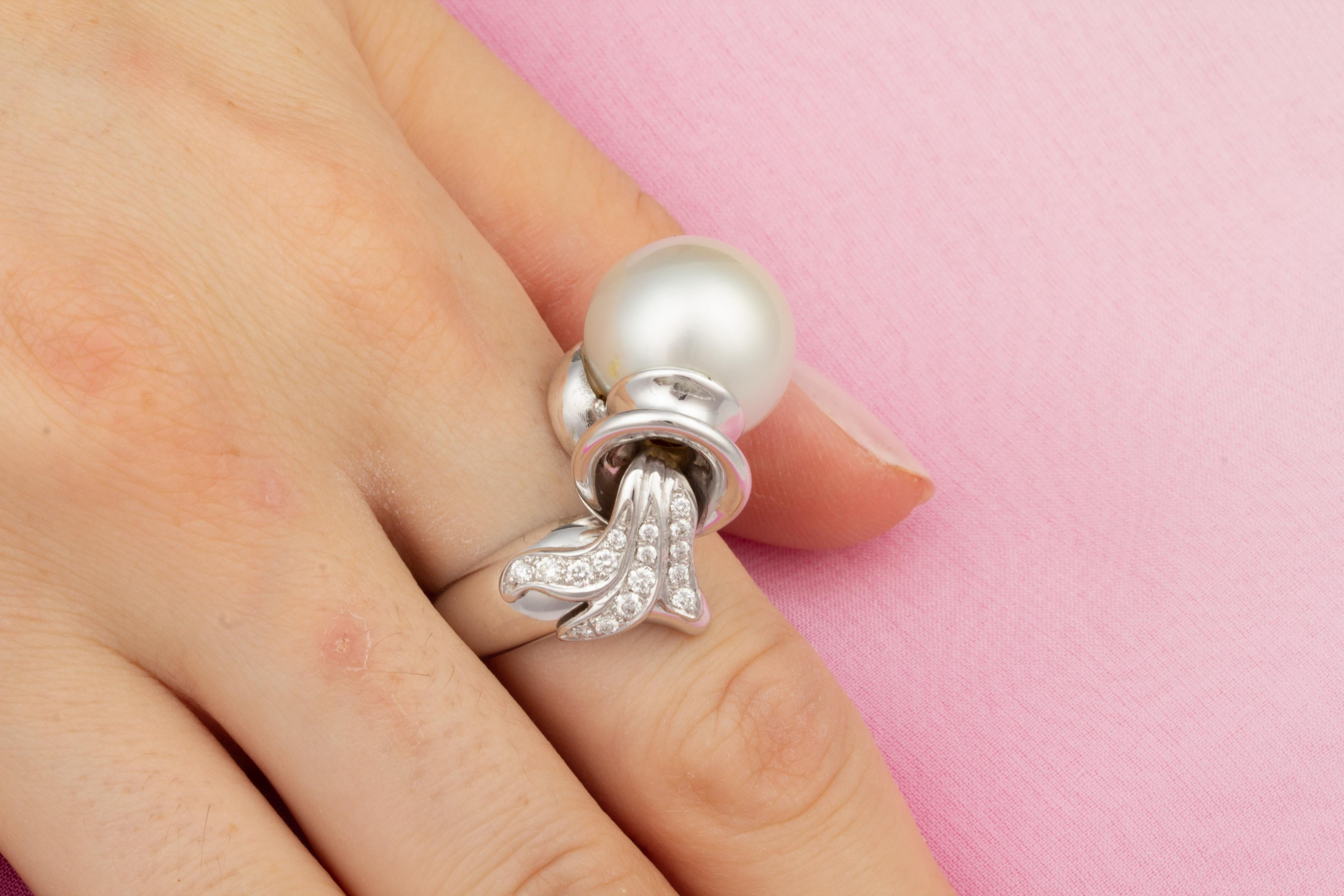 Ella Gafter Zodiac Aquarius Ring with South Sea Pearl and Diamonds ...