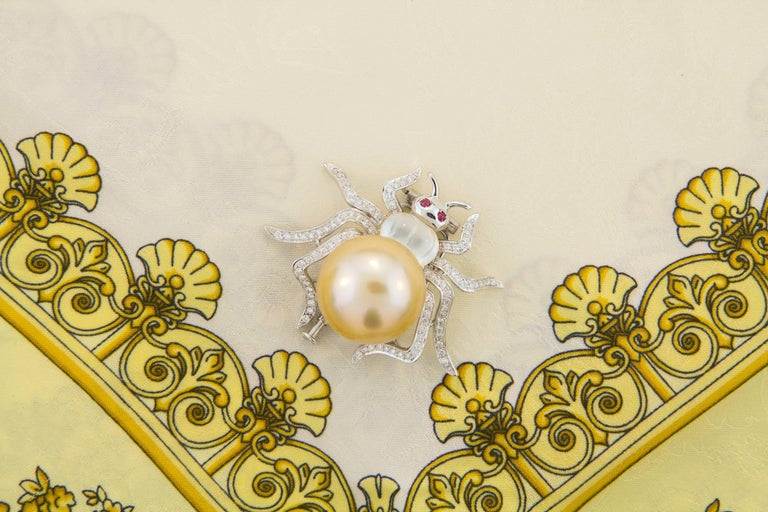 Ella Gafter 19mm Pearl Diamond Spider Brooch Pin For Sale 3