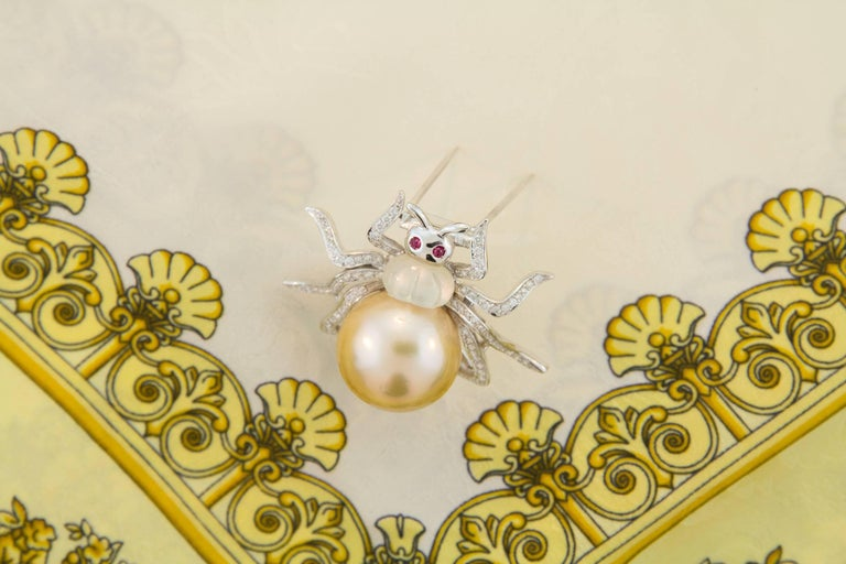 Ella Gafter 19mm Pearl Diamond Spider Brooch Pin For Sale 5