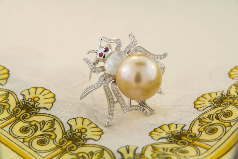 Ella Gafter 19mm Pearl Diamond Spider Brooch Pin For Sale 6