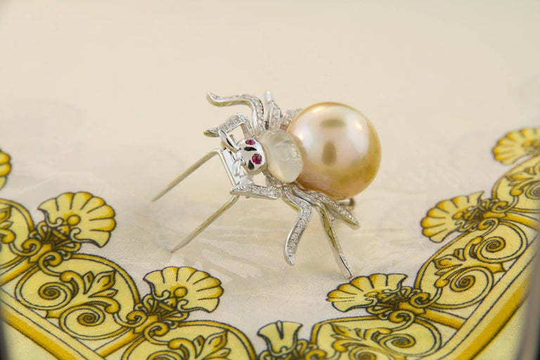 Ella Gafter 19mm Pearl Diamond Spider Brooch Pin For Sale 7