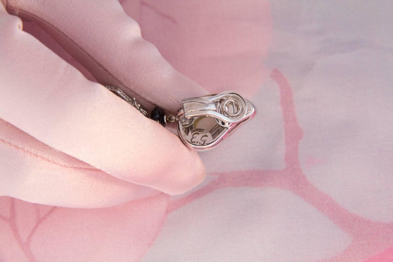 Women's Ella Gafter Black Tahitian Pearl Onyx Diamond White Gold Drop Clip-on Earrings For Sale