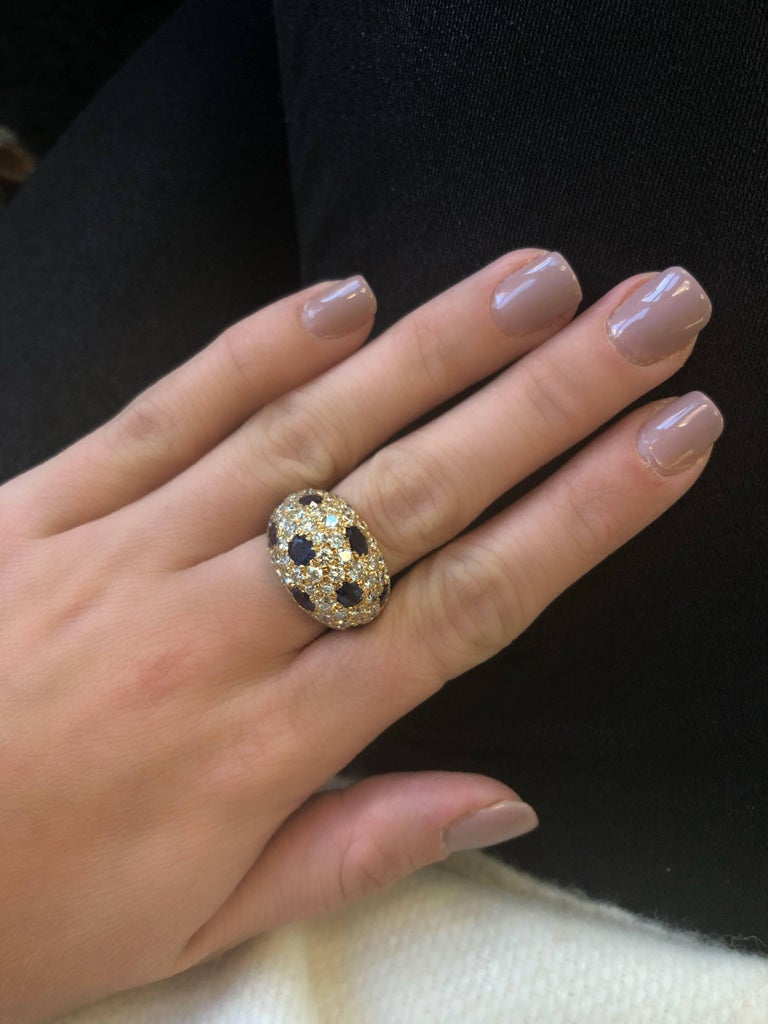 18 Karat Gold French Dome Ring with Sapphires and Diamonds For Sale 1