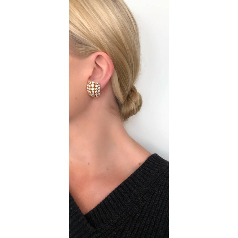 Cartier Diamond Clip-On Earrings In Excellent Condition For Sale In New York, NY