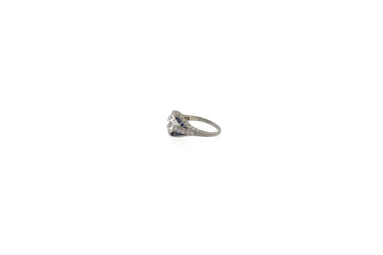 Women's Art Deco Sapphire and GIA Certified I VS2 Old European Cut Diamond Platinum Ring For Sale