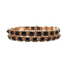 Vintage Victorian Pair of Pyramidal Onyx 14 Karat Gold Bracelets