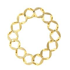 Vintage 1960s Cartier London 18 Karat Yellow Gold Curb Link Bracelet