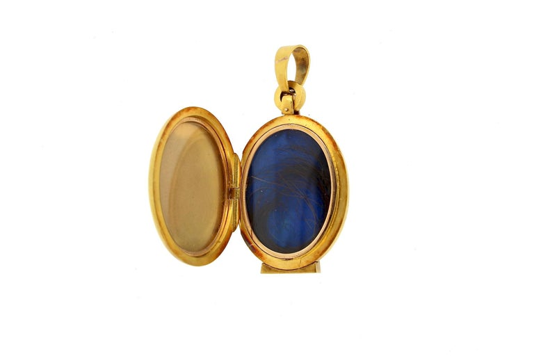 Antique Victorian Gold Agate Pearl Diamond Locket Pendant In Good Condition In New York, NY