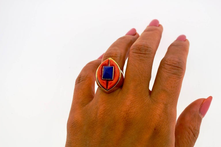 Modernist Gold Lapis and Coral Gold Statement Ring For Sale 2