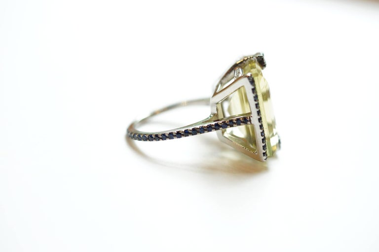 14.38 Carat Lemon Quartz, Blue Sapphire and White Diamond Gaston Ring In New Condition For Sale In Great Neck, NY