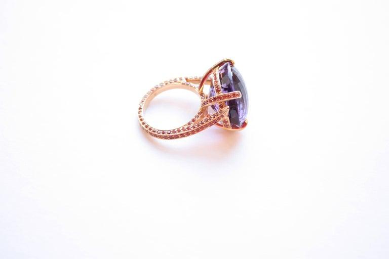 Oval Cut 18 Karat Yellow Gold 25.10 Carat Amethyst and Orange Sapphire Ring