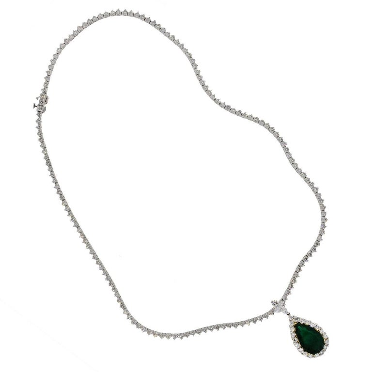 Round Cut 7.44 Carat Pear Shape Emerald and Diamond Tennis Necklace For Sale