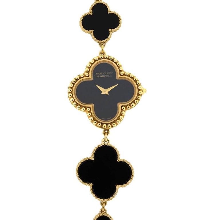 Van Cleef & Arpels Yellow Gold Onyx Alhambra Quartz Wristwatch For Sale